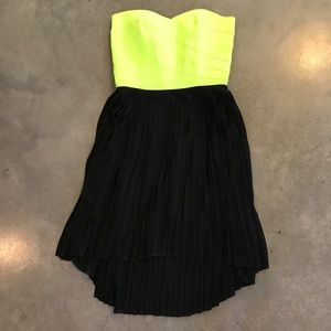 NWT Neon Sweetheart Strapless Dress